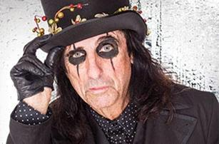 Alice Cooper's Christmas Pudding